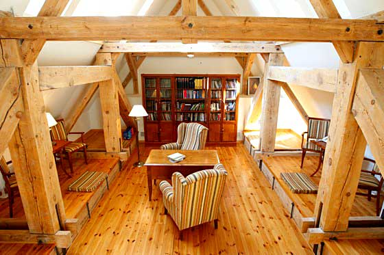 Leśniczówka Nibork - biblioteka
